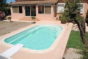Piscine Coque Pas Cher : piscine coque polyester avec banquette modele axeo 700 bf ~ Mglfilm.com Idées de Décoration