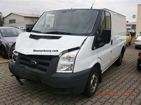 Ford Transit 85t260 2010 Box-type Delivery Van Photo And Specs