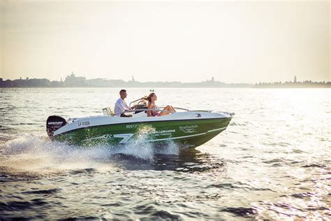 Lake Boat Hire by Boat Hire Lake Garda Rent A Boat Bertoldi Boats