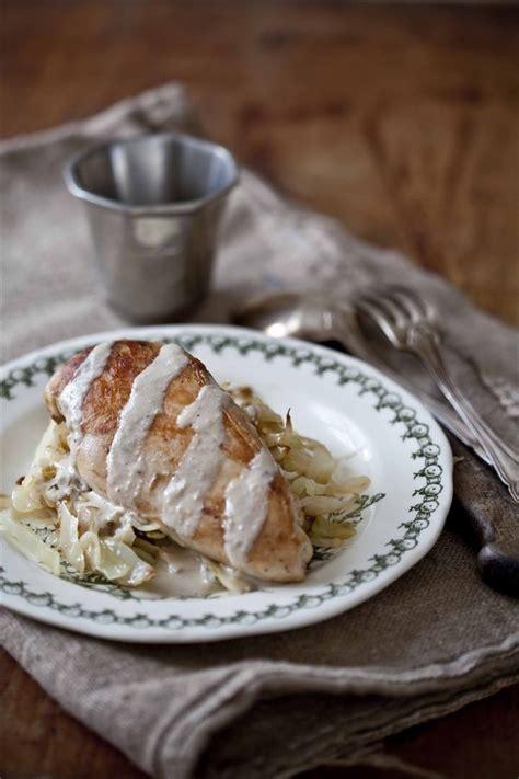 comment cuisiner le poulet suprêmes de volaille au chou et à la crème