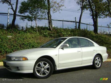 Mitsubishi 2000 Galant by 2000 Northstar White Mitsubishi Galant Es V6 21302105