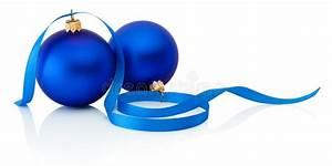 Boule De Noel Bleu : due palle e nastri blu di natale isolati su fondo bianco fotografia stock immagine 47045370 ~ Teatrodelosmanantiales.com Idées de Décoration