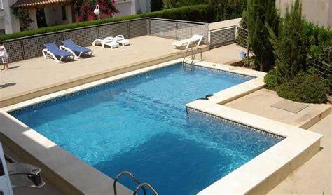 L Shaped Pools