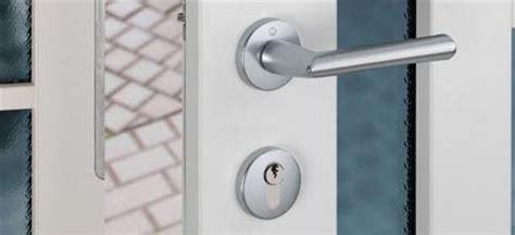 maniglie per porte interne economiche porte interne prezzi maniglie delle porte quali scegliere