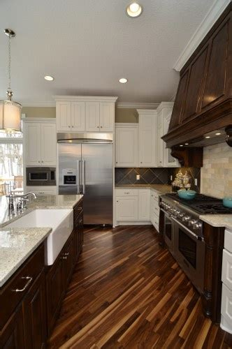 refurbished kitchen cabinets for this was done y gonyea homes remodeling they used adoni 7711
