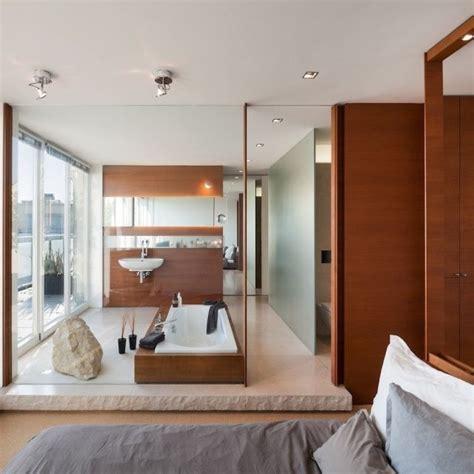 bad im schlafzimmer ideen die besten 25 badezimmer beispiele ideen auf