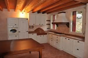 Cucina rustica laccata fadini mobili cerea verona