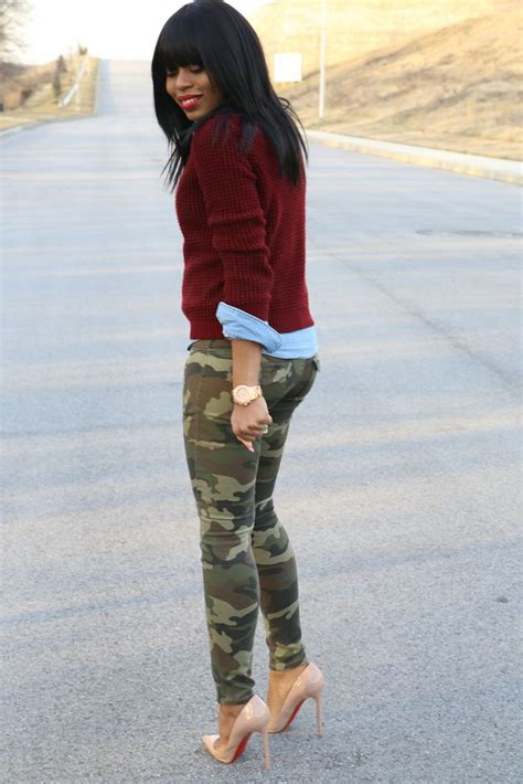 25+ best ideas about Camo pants outfit on Pinterest   Camo pants Army pants outfit and Camo jeans