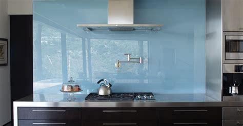 trend solid glass backsplashes