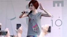 王心凌 - 陳淑芬與林志豪 - 《第十個王心凌》簽唱會 - 台南南方公園 - YouTube
