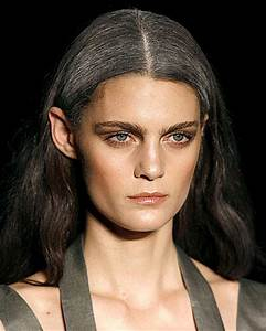 Graue Haare Männer Trend : frisurentrend graue haare sind das neue blond ~ Frokenaadalensverden.com Haus und Dekorationen