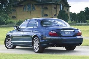 Jaguar S Type : 2000 02 jaguar s type consumer guide auto ~ Medecine-chirurgie-esthetiques.com Avis de Voitures