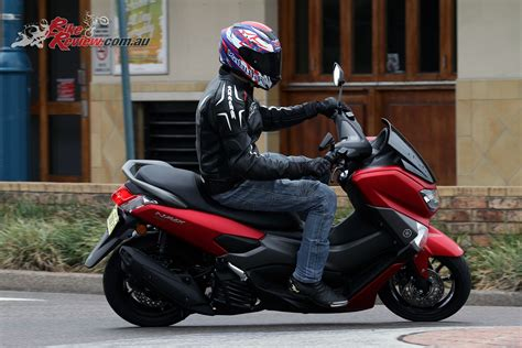 Yamaha Nmax 2018 New by Review 2018 Yamaha Nmax 155 Scooter Bike Review