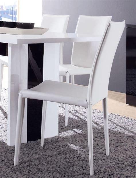 chaise salle manger blanche