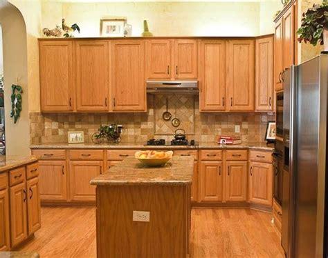 Kitchen Ideas With Oak Cabinets by Kitchen Backsplash Ideas With Oak Cabinets Backsplash