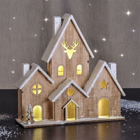 Gartendeko Weihnachten Beleuchtet by Beleuchtetes Holzhaus Weihnachtshaus Haus Beleuchtet Deko