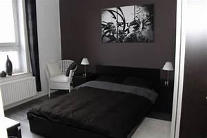 ma chambre 7 photos zenzen With chambre grise et noire