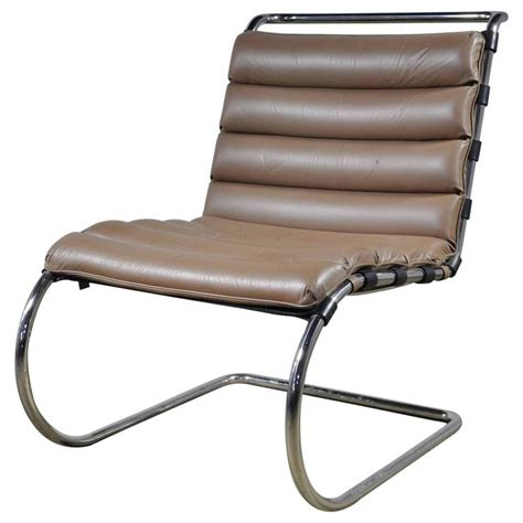 mies der rohe mr lounge chair without arms for sale at