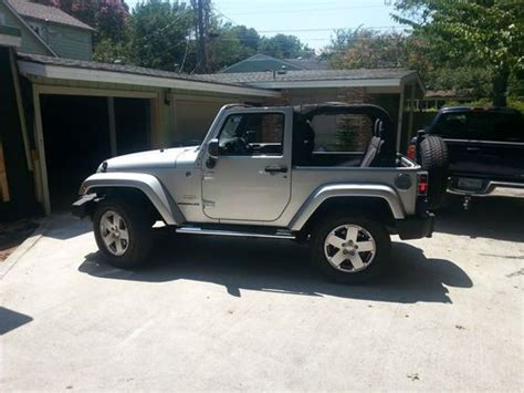 sahara jeep 2 door find used 2011 jeep wrangler sahara sport utility 2 door 3