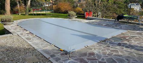 bache securite piscine piscine filet protection couverture et b 226 che sur