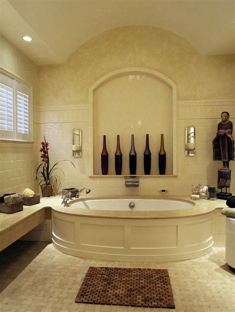 wainscoting  tub ideas pictures remodel  decor