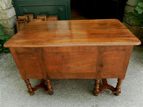provence bureau provence 18th mazarin bureau desk in walnut for sale
