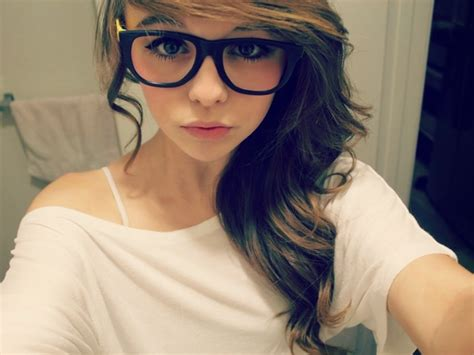 Cute Teen Fashion Selfie Girls Of