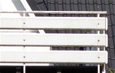 Balkonverkleidung Aus Kunststoff by Balkonverkleidung Kunststoff Balkongel 228 Nder Direkt