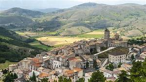 Abruzzo Vacations 2017: Package & Save up to $603 | Expedia