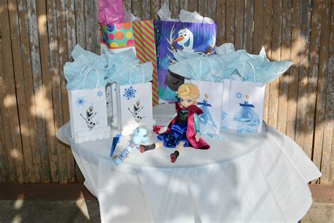 prep  ultimate frozen themed birthday party