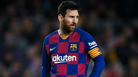 barcelona star claims lionel messi shouldve   penalty
