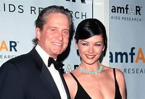 Catherine Zeta Jones y Michael Douglas siguen enamorados ...