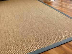 sisal astra natur teppich nuss bordure grau teppiche sisal With balkon teppich mit tapete steinwand optik