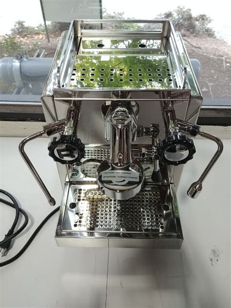 R 58 features dual independently operated pid controlled boilers allowing for optimum extraction of any coffee type or roast style. Rocket Espresso R58 Dual Boiler Dual PID Espresso Machine - USED   eBay