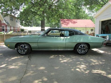 buy  real  pontiac gto hardtop coupe palisade
