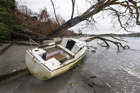 New Law Will Make It Illegal To Abandon Derelict Boats