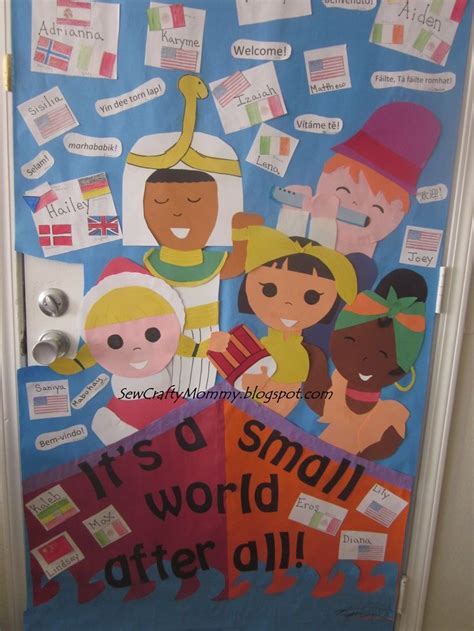 best 25 multicultural bulletin board ideas on 732 | 826d3986e3abe7d12968fc3c251c47f5 kindergarten door preschool bulletin