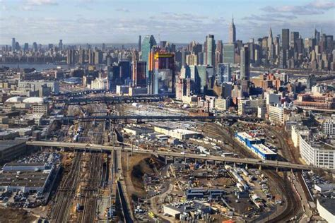 City Ny Local News by City Presents Three Scenarios For Megaproject