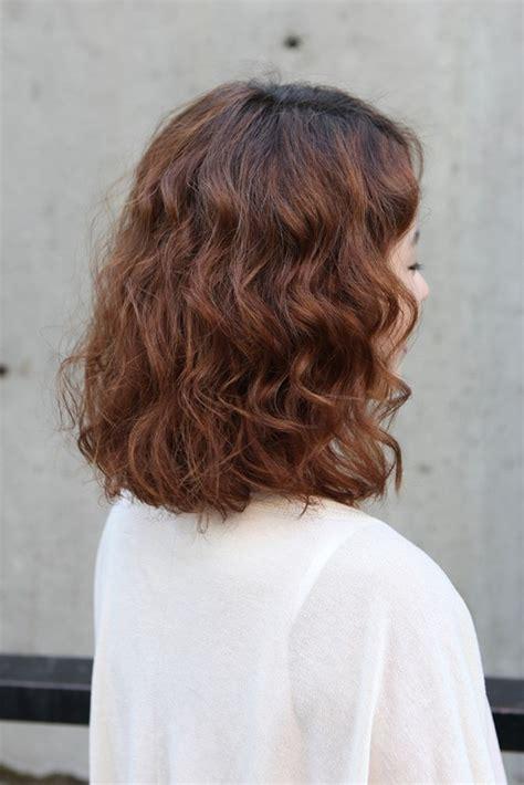 wavy rebel bob haircut colour hairstyles weekly