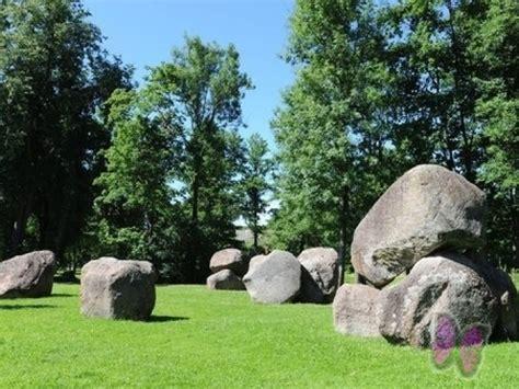 Lāča dārzs (akmeņu dārzs) :: Atputasbazes.lv
