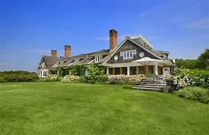 The Hamptons Lu... Real Estate