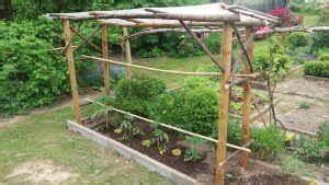 Tomaten Rankhilfe Selber Bauen : dach f r tomaten bauen tomaten garten garten gartendach ~ A.2002-acura-tl-radio.info Haus und Dekorationen