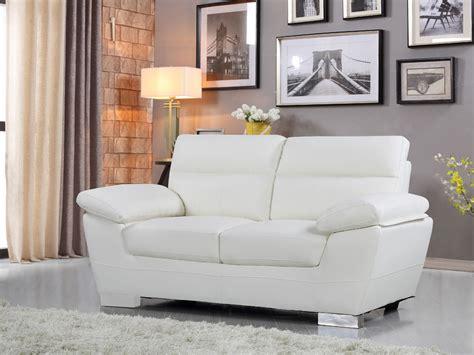canapé 2 places blanc canape cuir reconstitue pvc dallas 2 places bl 84907 84910