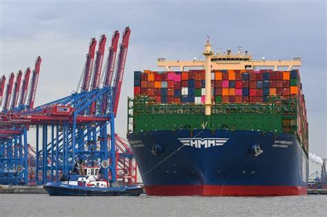 HMM HAMBURG เข้าเทียบท่าเป็นครั้งแรกที่ Hamburg - Logistics Manager