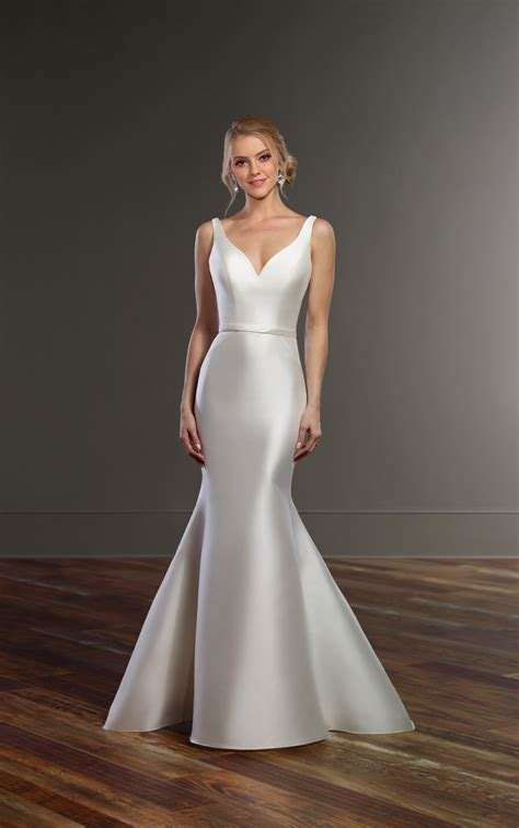 structured wedding dress  double  straps martina
