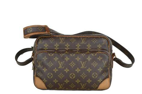 louis vuitton nil monogram zipper pocket replaced brown canvas cross body bag tradesy
