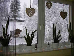 Fensterbank Weihnachtlich Dekorieren : weihnachtsdeko 39 weihnachtszauber 39 mein zuhause zimmerschau ~ Lizthompson.info Haus und Dekorationen