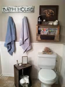bathroom shelf decorating ideas 25 best ideas about pallet shelf bathroom on pallet projects pallet ideas and shelves