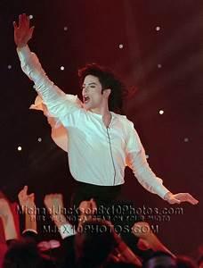 MICHAEL JACKSON 1996 EARTH SONG LIVE! 4xRARE8x10 PHOTOS   eBay