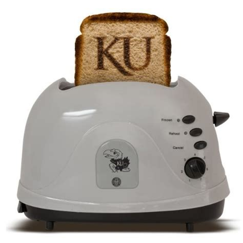 Best Bread Toaster 2015 by 20 Best Images About The Best Toasters For 2015 On